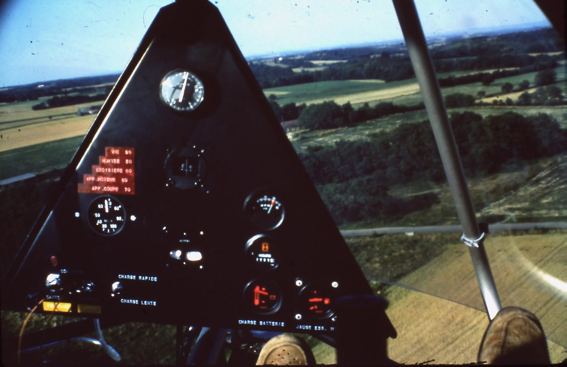 1983 avions 8 2